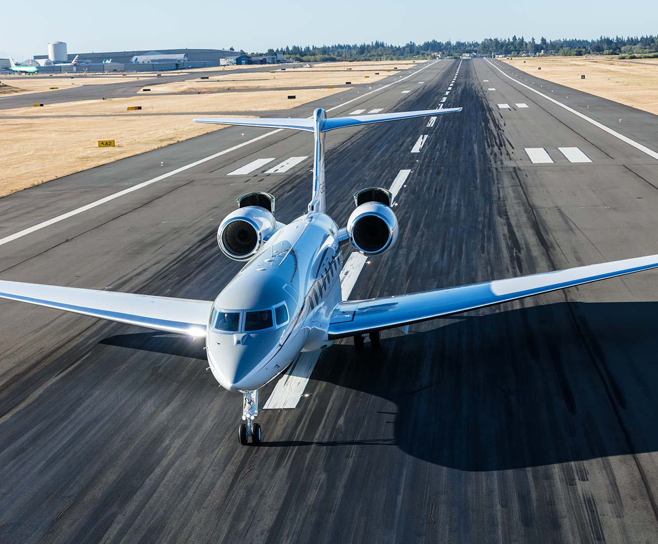 G650ER on the runway