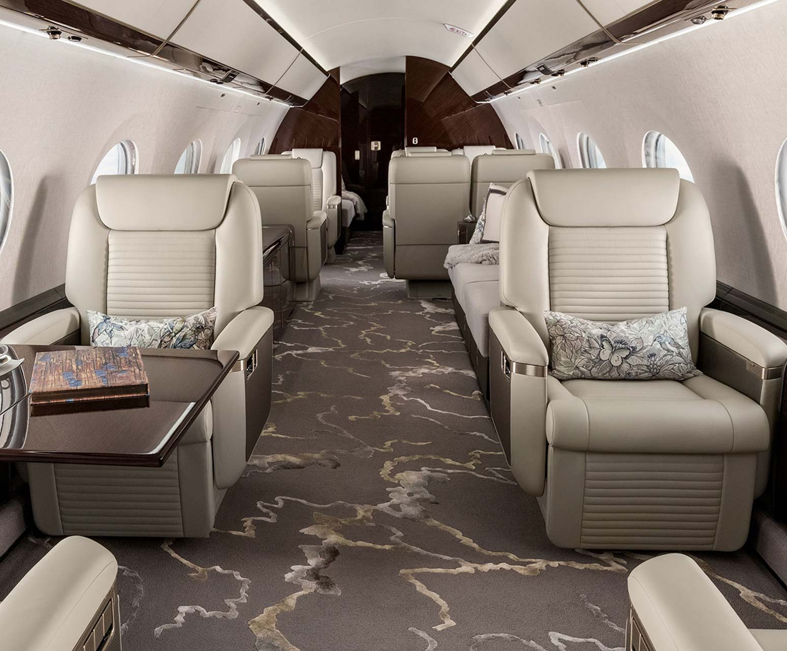 G650ER aircraft interior with seats.
