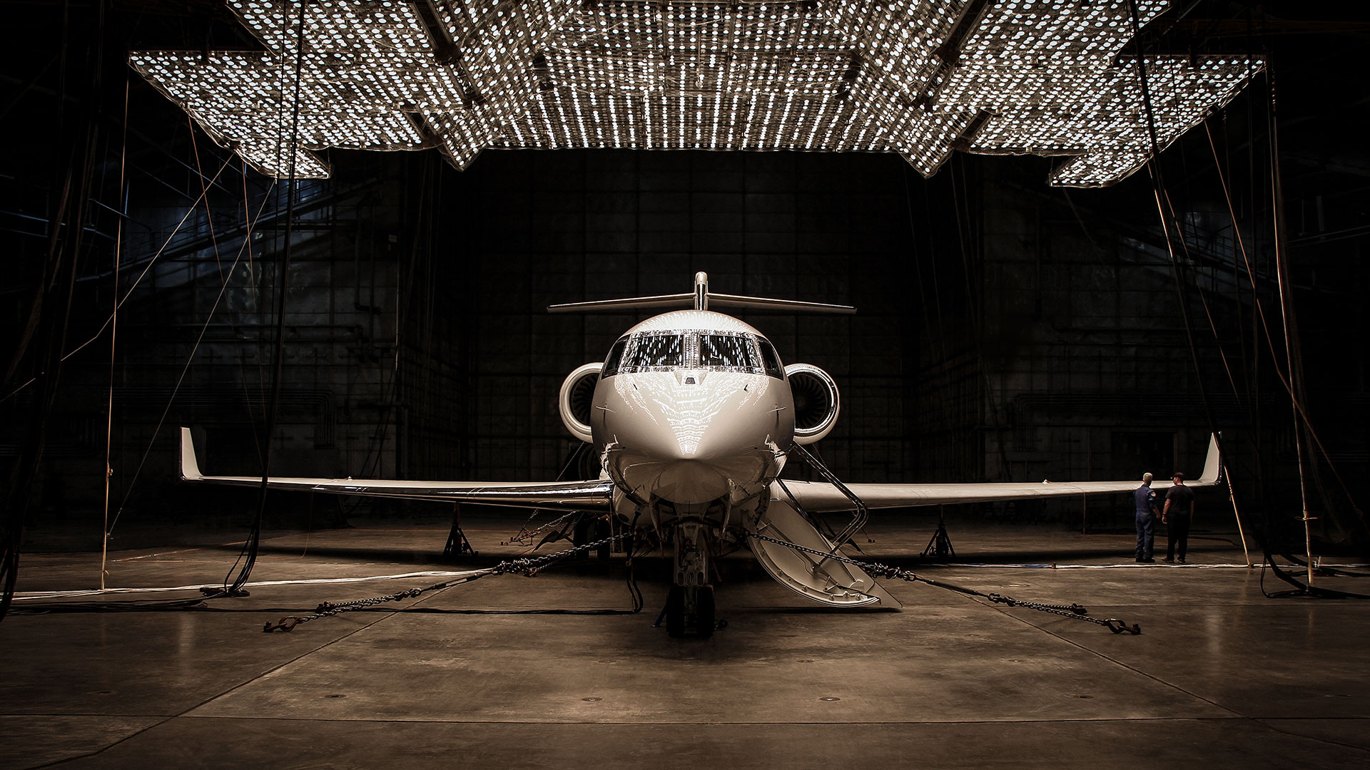 G500 Climatic Heat Test shows aircraft under many lights